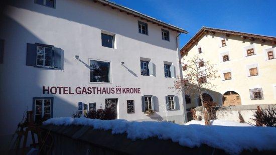 La Punt-Chamues-ch, Switzerland: Das Hotel von inten