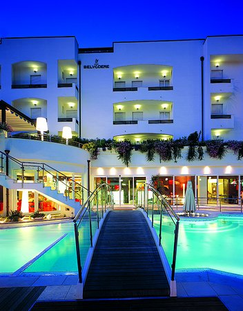 Hotel Belvedere: Bridge/pool