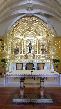 Лус, Португалия: Luz church, Algarve, Portugal © Robert Bovington