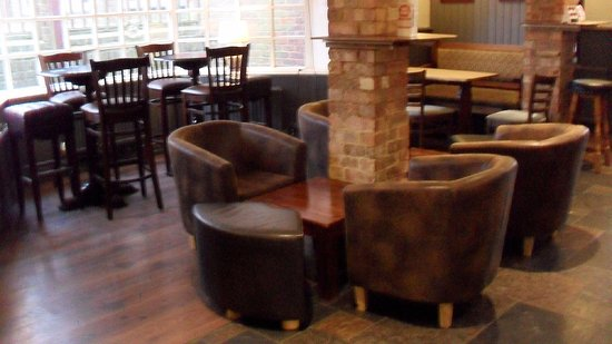 Bar area with tub chairs - Picture of Telscombe Tavern, Peacehaven ...