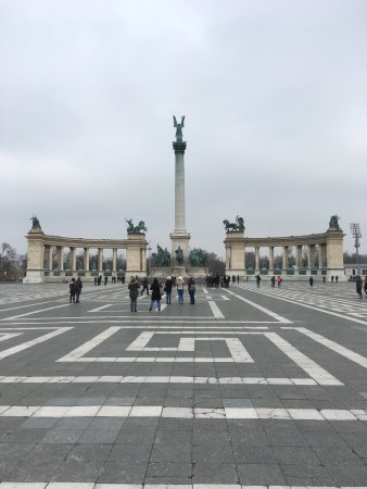Photo of Historic Site Hosok Ter (Heroes Square) at Hôsök Ter, Budapest 1062, Hungary
