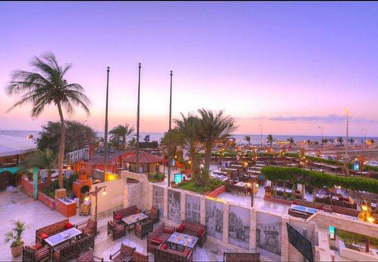 Al Nakheel : Terrace sunset view