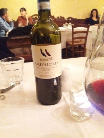 Cantina de la Mirleta: vino