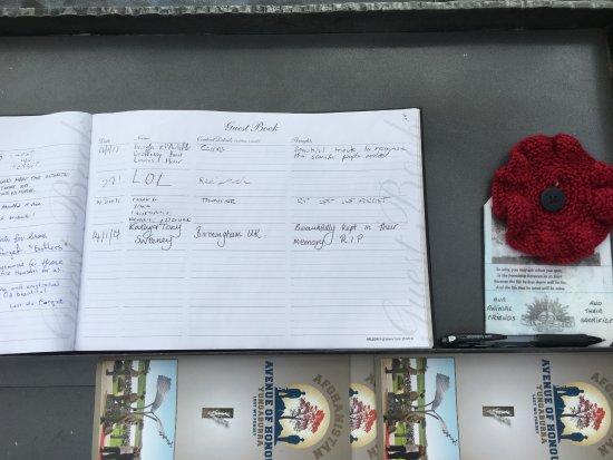 Yungaburra, Αυστραλία: Book of Remembrance