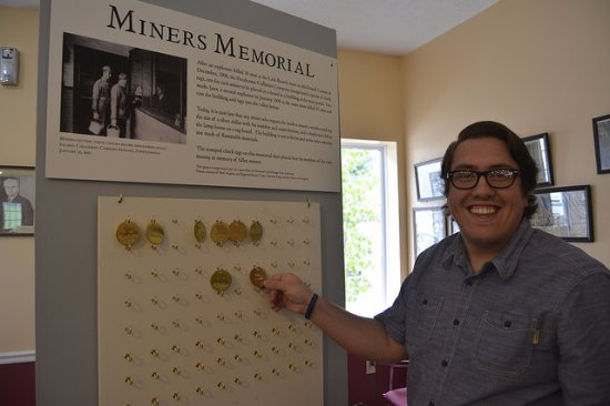 Matewan, Virginia Occidental: Check out our new Miners Memorial exhibit while you're in town!