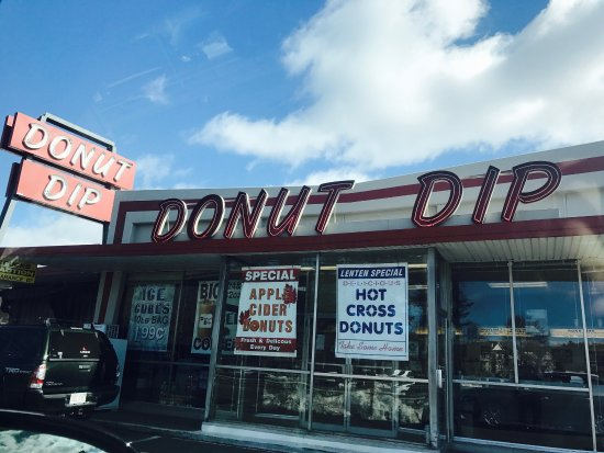 Donut Dip Incorporated: The best donut I've ever had! I had a a hot cross bun right off the bat! Amazing! I got a dozen