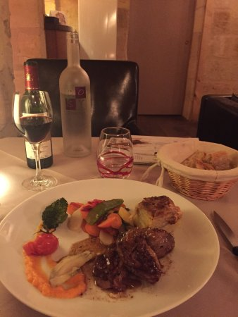 Libourne, Frankrike: Dinner at Cosy Tourny