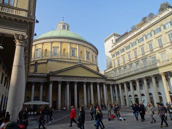Corso Vittorio Emanuele II: San Carlo