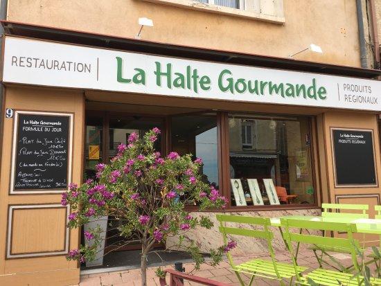 Roujan, France: façade de l'établissement