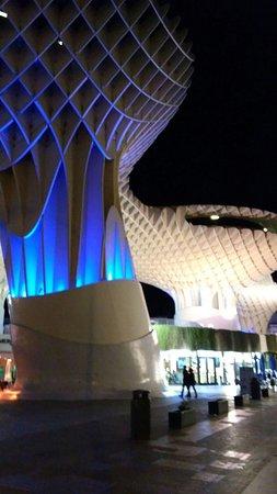 Photo of Monument / Landmark Metropol Parasol at Plaza De La Encarnacion, Seville 41003, Spain
