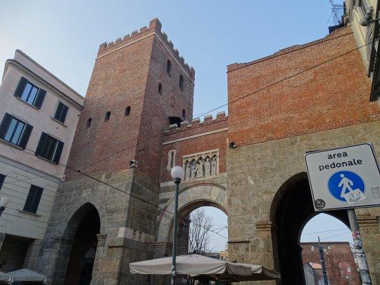 Photo of Church Basilica San Lorenzo Maggiore at Corso Di Porta Ticinese 35, Milan 20123, Italy