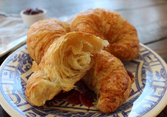 Westport, CT: Croissants