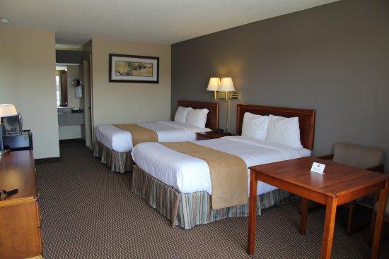 Eddyville, KY: Deluxe Double Bedroom