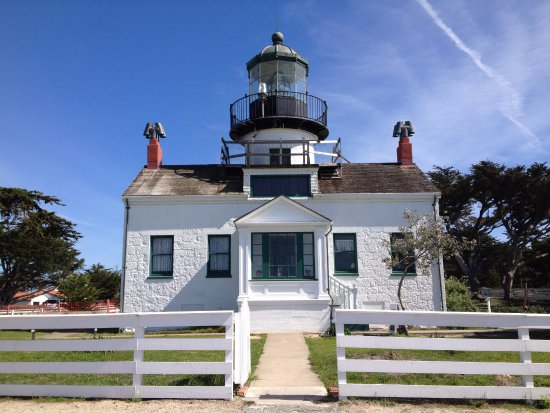 Point Pinos Lighthouse: Front View