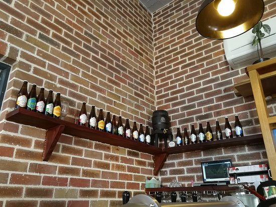 Woodstock, South Africa: Beer bottles as decor