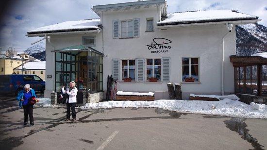 """Bever, Zwitserland: Das nette """"Bahnhofs-Restaurant"""""""