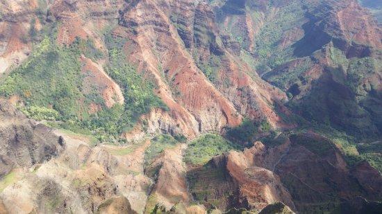 Wings Over Kauai Air Tour: Waimea canyon