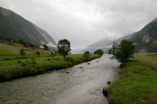 Sogn og Fjordane, Norge: Rainy day in Aurland.