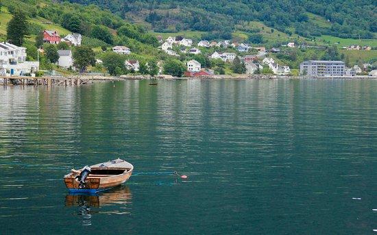 Sogn og Fjordane, Norge: Fjorden of Aurland Municipality.