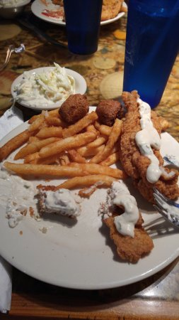 Capt'n Fishbone's Seafood Grill : fish, coleslaw, hush puppies, fries
