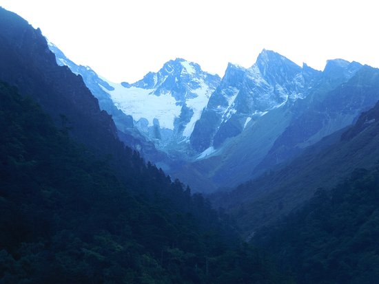 u will get to see all these stunning view..on the way to gurudongmar lake from lachen..