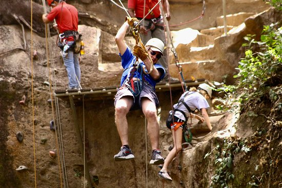 Hacienda Guachipelin: The zip line adventure