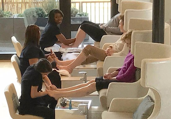 Charlottesville, VA: We can accommodate 4 pedicure at at once!