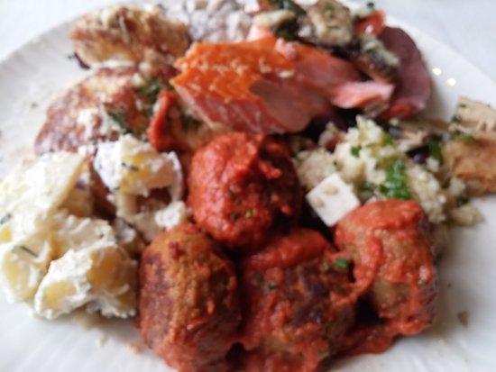 Hus Lindman: Tasty, versatile and good lunch buffet