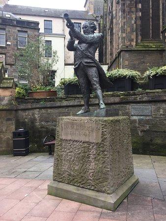 Adam Duncan Statue