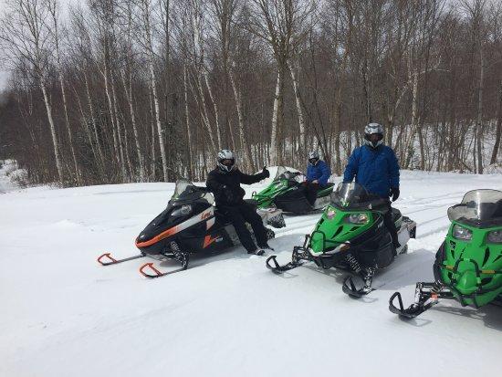 Gorham, NH: Northeast Snowmobile & ATV Rentals