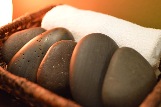 Fort Collins, CO: Hot stones make the perfect enhancement.