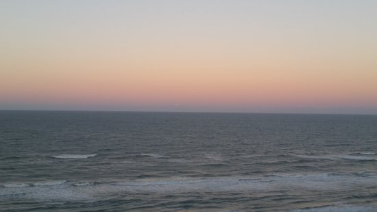 Holiday Inn Express and Suites Oceanfront: Sunrise-rainbow