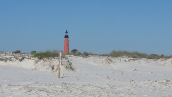 Holiday Inn Express and Suites Oceanfront: Nearby Ponce Inlet Lighthouse