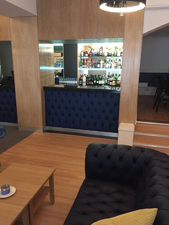 Ilfracombe Carlton Hotel : Our oak lined bar has a great range of local and international ales, beers, wines & spirits