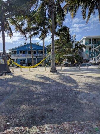 Aqua Vista Beachfront Suites: View from ocean to unit