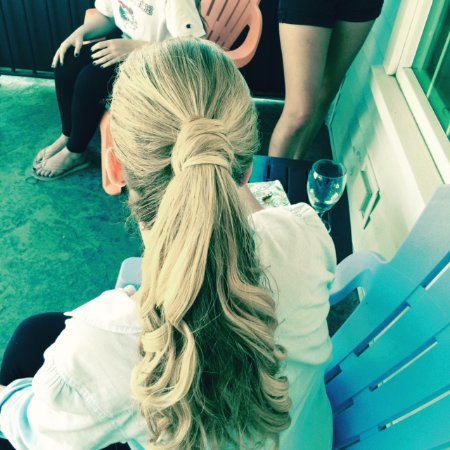 Wolfeboro, Nueva Hampshire: Full Service Organic Hair Salon offering special occasion hairstyles