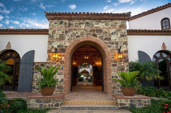 Tola, Nicaragua: Entryway to The Inn