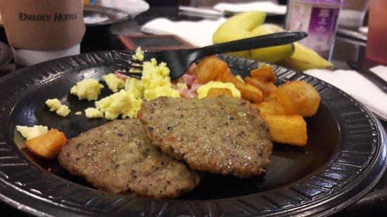 Drury Inn & Suites Austin North: Delicious breakfast