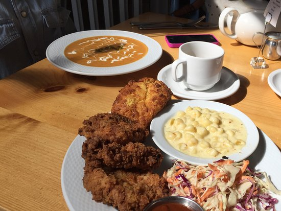 Montpelier, VT: Carrot & Sage soup. Chicken, cheese n' shells with rainbow slaw