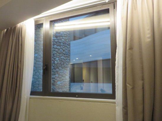 Gran Hotel Domine Bilbao: Inner court