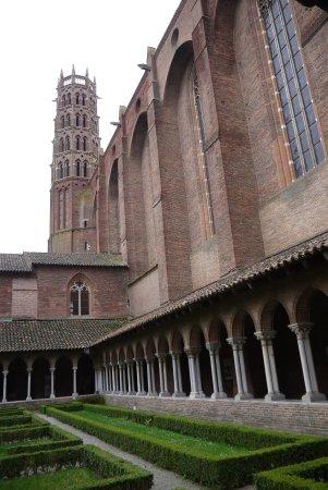 Église des Jacobins : Le cloître et le clocher