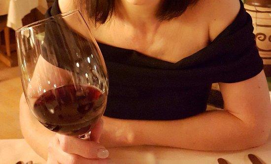 Lauterbach, Alemania: Un bon vin de Toscane