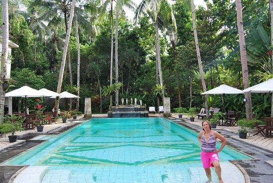 Saraswati Borobudur: Relaxing pool area