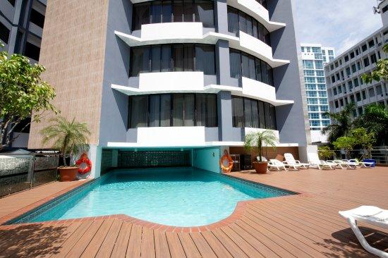 Aparthotel Torres de Alba: swimming pool