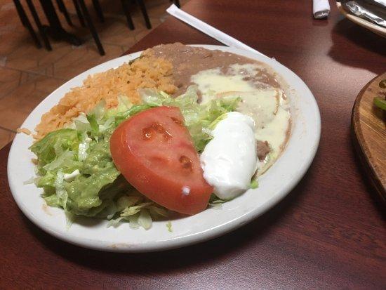 La Carreta Mexican Restaurant: photo3.jpg