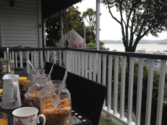 Marlin House Bed & Breakfast: View from breakfeast table
