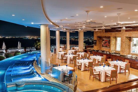 Grand Miramar All Luxury Suites & Residences: La Mar Restaurant