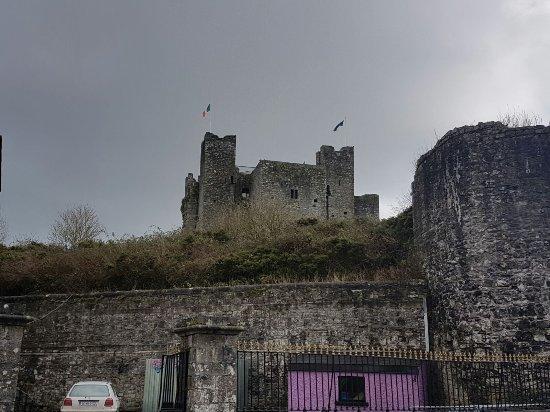 Trim, Irlande : IMG-20170311-WA0068_large.jpg