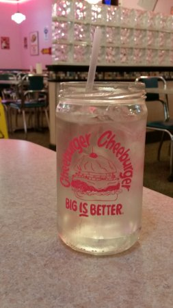 Cheeburger Cheeburger: Large Beverage Glass