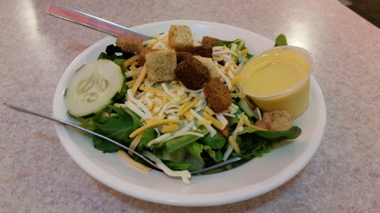 Cheeburger Cheeburger: Salad